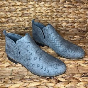 Dr. scholl's Gray Suede Boots
